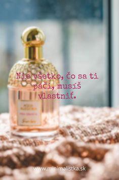 #antikonzum #minimalizmus #minimalistka #somminimalistka #setrenie #financie #minimalistickydomov Perfume Bottles, Perfume Bottle