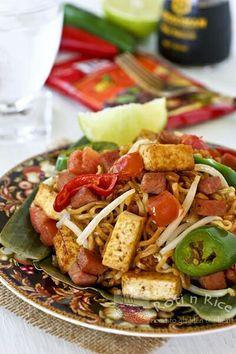 Mee Goreng with tofu and veggies