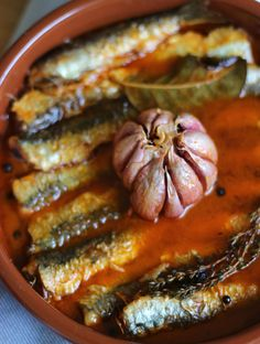 Canned Venison, My Favorite Food, Favorite Recipes, Couscous Recipes, Spanish Food, Fish And Seafood, Fish Recipes, Tapas, Sausage