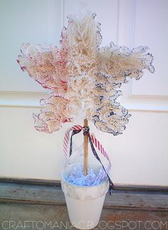 Craft-O-Maniac: cupcake liner topiary