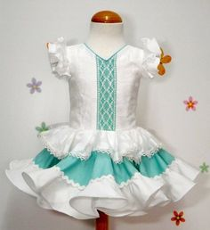 Little Girl Dresses, Girls Dresses, Prom Dresses, Fair Outfits, Spanish Fashion, Kids Fashion, Womens Fashion, Frocks, Baby Dress