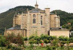 La Colegiata de Villafranca del Bierzo, provincia de León.