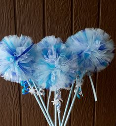 8 Frozen Snowflake Wands by tutusweetsnaps on Etsy, $28.00