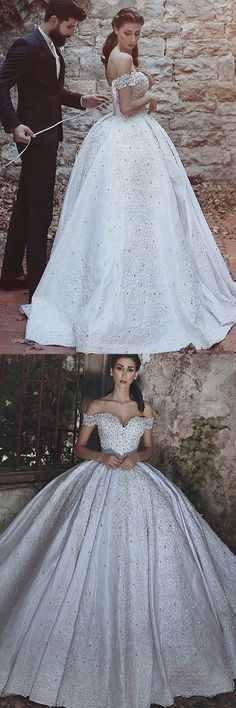 Ball Gown Off-the-Shoulder Court Train Ivory Satin Wedding Dress with Appliques M3086