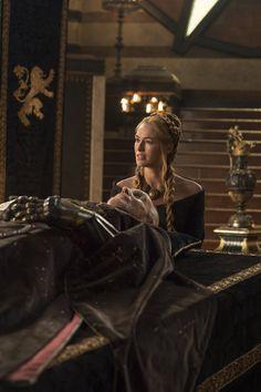 Cersei & Lord Tywin Game of Thrones Season 5 Episode 1