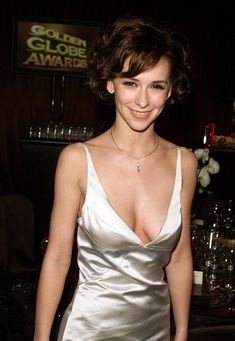 See Jennifer Love Hewitt hot & sexy & nude pictures and Videos only at Banned Celebs Hottest Female Celebrities, Top Celebrities, Beautiful Celebrities, Beautiful Actresses, Gorgeous Women, Celebs, Hollywood Celebrities, Hollywood Actresses, Jennifer Love Hewitt Young