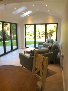32 ideas house exterior bungalow dining rooms for 2019 Garden Room Extensions, House Extensions, House Extension Design, House Design, Extension Ideas, Glass Extension, Bungalow Dining Room, Dining Rooms, Style At Home