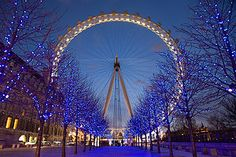 Ride the world's largest ferris wheel