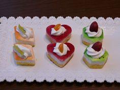 skaja   Pečení Mini Cakes, Panna Cotta, Sugar, Cookies, Cream, Ethnic Recipes, Desserts, Food, Chocolate Torte