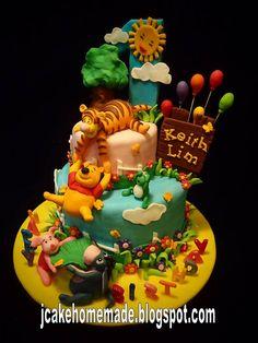 Winnie the pooh Birthday Cake Ideas - Bing images Winnie The Pooh Cake, Winnie The Pooh Birthday, Winnie The Pooh Friends, Disney Winnie The Pooh, Adult Birthday Cakes, First Birthday Cakes, Bear Birthday, Disney Birthday, Birthday Ideas