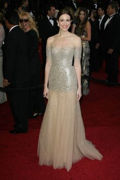 Mandy Moore in Monique Lhuillier Oscars 2011...gahh can I wear that to prom?!
