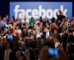 What Are The 10 Biggest Tech Companies In The World? - Page 4 of 19 - Trendingstock Today Facebook Marketing, Make Money From Home, How To Make Money, Live Screen, Financial News, The 10, Free Training, Master Class
