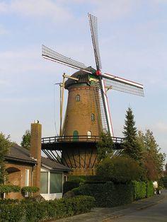 Roosendaal - De twee gebroeders.jpg