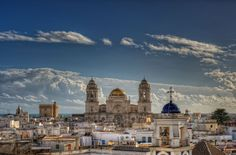 Spectacular Architecture in Spain - View of the Cathedral of Cadiz taken by marcp_dmoz on 10/09/2010