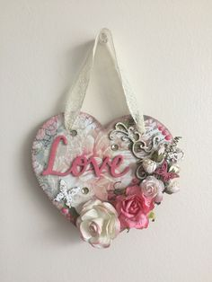Pink Christmas Decorations, Heart Decorations, Valentines Day Decorations, Valentine Day Crafts, Wooden Hearts Crafts, Heart Crafts, Shabby Chic Crafts, Vintage Crafts, Shabby Chic Embellishments