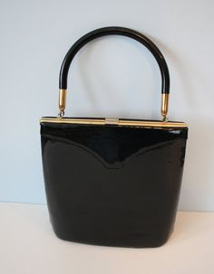 Shopping For The Vintage Shoes - Popular Vintage Patent Leather Handbags, Black Leather Bags, Black Handbags, Leather Purses, Vintage Purses, Vintage Bags, Vintage Handbags, Satchel Handbags, Purses And Handbags