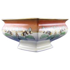 Bernardaud & Co. (B&Co.) Limoges Arts & Crafts Acorn Motif Lustre Centerpiece Bowl (c.1900-1914)