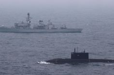 Royal Navy Type 23 Frigate HMS Somerset escorting a Russian Kilo class submarine through the English Channel (Photo: PA)