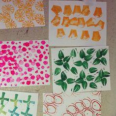 Block printing ideas Cushion Ideas, Ads Creative, Outdoor Settings, Art Journaling, Surface Design, Stamping, Art Drawings, Art Ideas, Juice