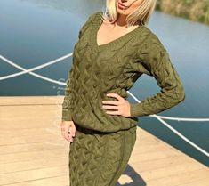 Compleu dama ieftin din tricot verde khaki compus din rochie si bluza cu maneca lunga