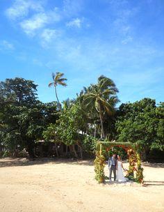 Fiji wedding. Kulu Bay Resort. Beach wedding.