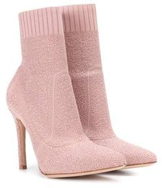 Shop Fiona 105 bouclé ankle boots presented at one of the world's leading online stores for luxury fashion. Sock Shoes, Cute Shoes, Me Too Shoes, Shoe Boots, Shoes Heels, Leather Ankle Boots, Heeled Boots, Shoe Collection, Fashion Boots