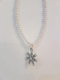 Snowflake pearl choker by PrettyRocking on Etsy