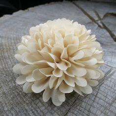 Big and bold this Marigold Hair Clip  #craft365.com