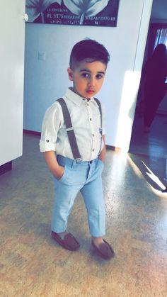 #fashionkids #fashionkids_worldwide #fashionboys Overalls, Kids Fashion, Baby Boy, Boys, Pants, Baby Boys, Trouser Pants, Women's Pants, Junior Fashion