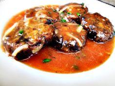 Chiftelute din ghebe cu sos de rosii(de post) Stuffed Mushrooms, Pork, Meat, Chicken, Stuff Mushrooms, Kale Stir Fry, Pork Chops, Cubs