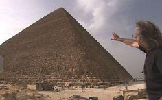 La pyramide de Khéops, construite par le vizir Hemiounou, est le tombeau de Khéops, pharaon de la IVe dynastie, fils de Snéfrou. Source de nombreux questionnements, cela fait plus de cinq...