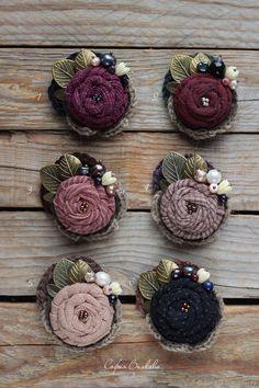 Felt Brooch, Beaded Brooch, Crochet Earrings, Fabric Flower Brooch, Fabric Flowers, Textile Jewelry, Fabric Jewelry, Brooches Handmade, Handmade Flowers