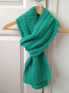 Gehaakte sjaal uit blad HAKEN