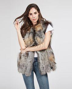 8ebf70de76e4 825 Best Fox fur images in 2019
