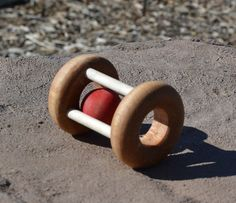 Maple Rattle with Red Ball, Eco Friendly, Montessori Infant Rattle by WoodenGiraffeToys on Etsy Red Food Dye, Handmade Wooden Toys, Montessori Baby, Kugel, Getting Old, Baby Toys, Eco Friendly, Children, Etsy