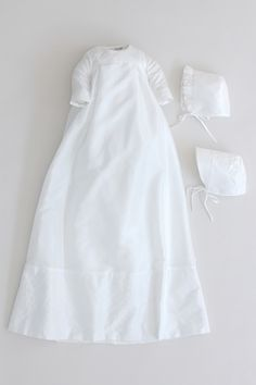 Antwerpen Christening Gown cd129 from Oli Prik for GBP86 only at oliprik.com Christening Gowns