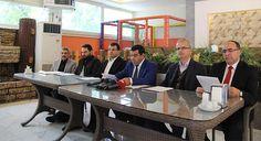 DİYARBAKIR -Eğitim Bir-Sen Diyarbakır 2 No'lu Üniversite Şube Başkanı Yüksel Gümüş, Dicle Üniversitesinde yaşanan sorunlara ilişkin basın ...