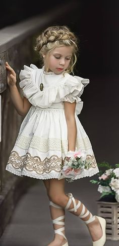 Discover our range of stylish baby and kids clothes. White Slippers, Confirmation Dresses, Pink Sale, Slippers For Girls, Stylish Baby, Pink Summer, Stylish Outfits, Flower Girl Dresses
