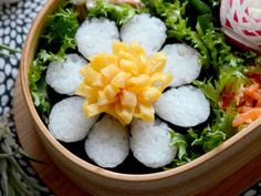 海苔巻かず◎お花型ご飯◎お弁当に♪の画像