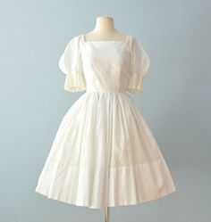Vintage 1950s Cotton Dress...JUNIOR SET White Cotton by deomas