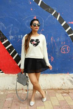Girly Winter Outfit-Cropped Sweatshirt