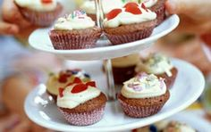 Minichokladmuffins Cupcake Recipes, Mini Cupcakes, Tea Party, Food And Drink, Desserts, Kids, Tailgate Desserts, Young Children, Deserts