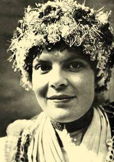 Balassa–Ortutay: Hungarian Ethnography and Folklore / Hair and Headdress Folk Costume, Costumes, Headdress, The Past, Around The Worlds, Bride, Hungary, Gypsy, Hair