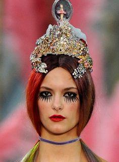"Meadham Kirchhoff Spring 2012 ""ballerina spaceship"" headpiece"