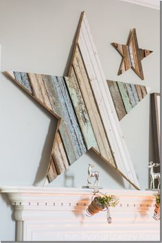 How to DIY a GIANT wooden star- Beautiful reclaimed wood project for Christmas(Mix Wood Projects) Christmas Mantels, Noel Christmas, Christmas Decorations, Star Decorations, Rustic Christmas, Christmas Lights, Pallet Crafts, Wood Crafts, Diy And Crafts