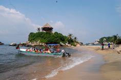 La Fascinante Playa de cabo san juan del guía. #enjoy #explore the #beach www.magictourcolombia.com
