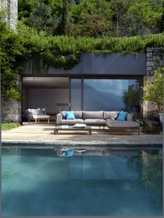 I Love Unique Home Architecture. Simply stunning architecture engineering full of charisma nature love. The works of architecture shows the harmony within. Outdoor Rooms, Outdoor Living, Outdoor Areas, Indoor Outdoor, Outdoor Sofa, Outdoor Decor, Design Exterior, Pool Houses, Tiny Houses