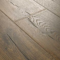 Pergo Outlast + Vintage Tobacco Oak 10 mm Thick x / 2 in. W x / 4 in. L Laminate Flooring sq. / ​​Case) - The Home Depot Restoration Collection®