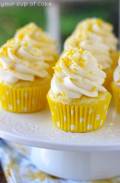 Lemon Cream Cheese Cupcakes perfect for spring.