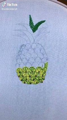 Hand Embroidery Patterns Flowers, Hand Work Embroidery, Hand Embroidery Designs, Embroidery Stitches, Crochet Patterns, Beginner Henna Designs, Types Of Stitches, Cross Stitch Rose, Plastic Canvas Patterns